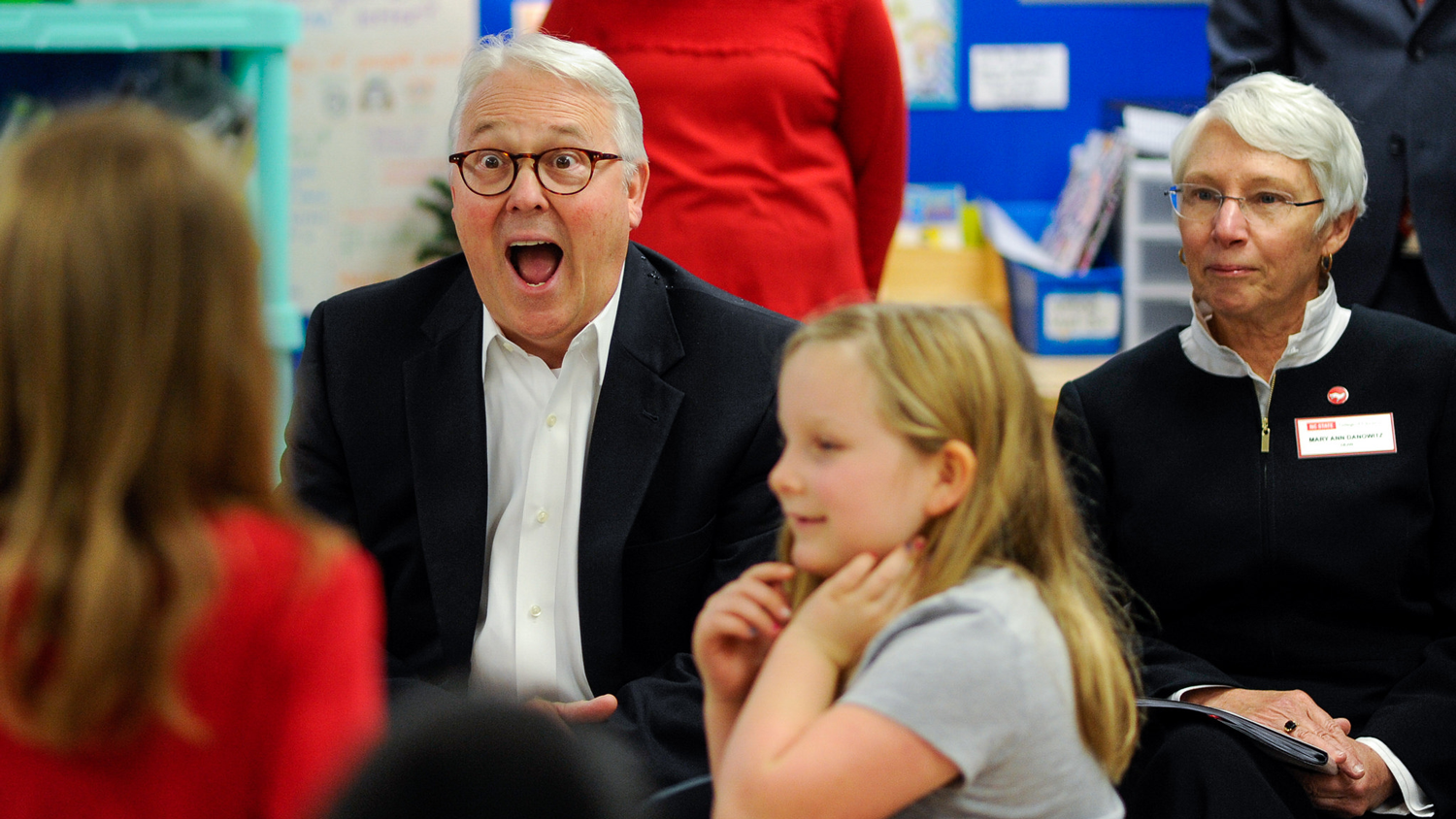 Chancellor Randy Woodson visits A.B. Combs Elementary School.