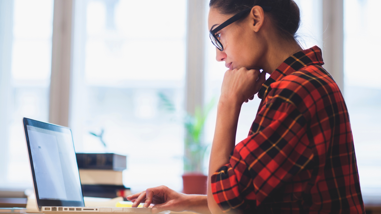 woman working on laptop