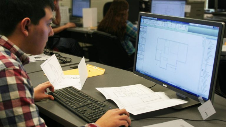 Onslow County Student with Technology
